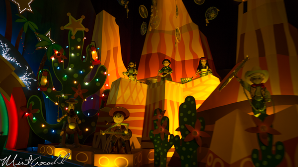 Disneyland Resort, Disneyland, Fantasyland, Christmas Time, Christmas, it's a small world, Small World, Holiday, 2014