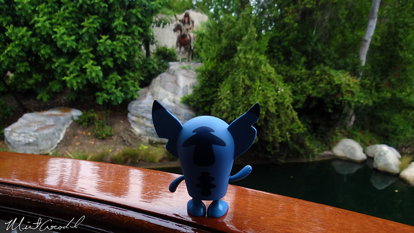 Disneyland Resort, Disneyland, Indian Chief, Stitch