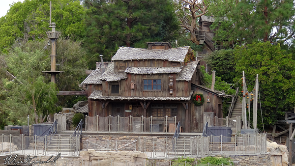 Disneyland Resort, Disneyland, Frontierland, Christmas, Christmas Time