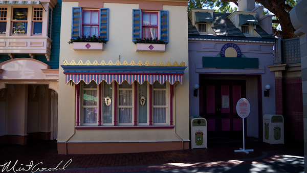 Disneyland Resort, Disneyland, Main Street U.S.A., Locker, Rental, Closed