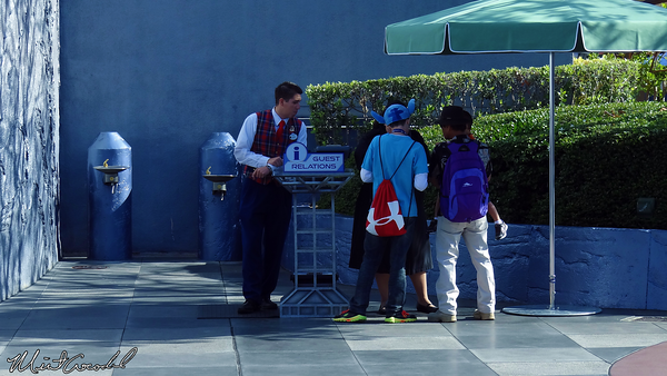 Disneyland Resort, Disneyland, Tomorrowland, Disability Access Service, DAS, Kiosk