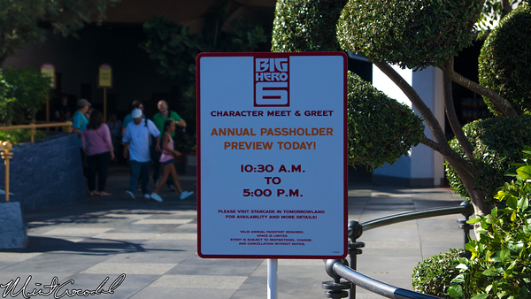 Disneyland Resort, Disneyland, Tomorrowland, Starcade, Big Hero 6, Meet, Greet
