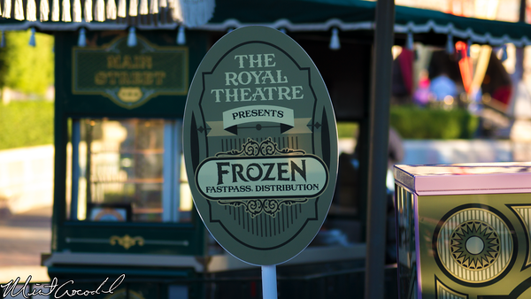 Disneyland Resort, Disneyland, Frozen, Royal Theatre, FastPass