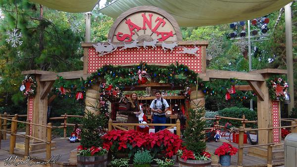 Disneyland Resort, Disneyland, Frontierland, Big Thunder Ranch, Jingle Jangle Jamboree, Santa Claus, Christmas, Christmas Time