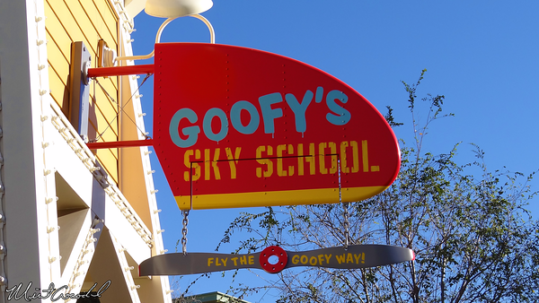 Disneyland Resort, Disney California Adventure, Goofy's Sky School