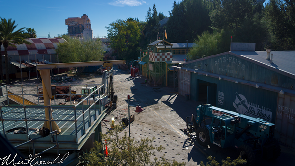 Disneyland Resort, Disneyland, Monorail, Disney California Adventure, Condor Flats, Grizzly, Peak, Airfield