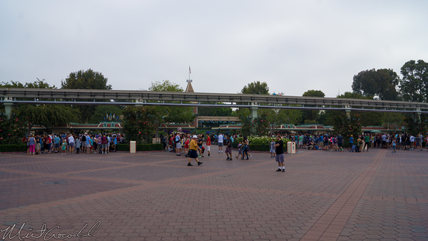 Disneyland Resort, Disneyland60, Disneyland, Disney California Adventure