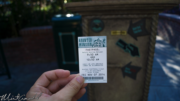 Disneyland Resort, Disneyland, Haunted Mansion, Holiday, FastPass, Distribution