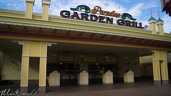 Disneyland Resort, Disney California Adventure, Paradise Pier, Garden Grill, Taste Pilots Grill, Hamburger, Fries