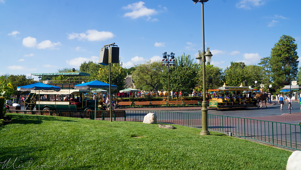 Disneyland Resort, Disneyland60, Halloween, Time, Disneyland, Hub, Omnibus