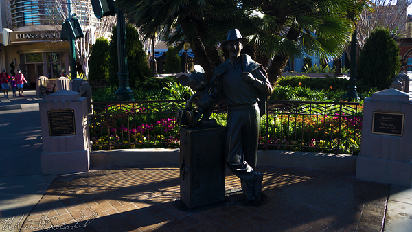 Disneyland Resort, Disneyland, Disney California Adventure, Buena, Vista, Street, Storytellers, Statue, Walt, Disney, Mickey