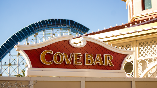 Disneyland Resort, Disneyland60, Christmas, Time, Disney California Adventure, Paradise, Pier, Cove, Bar, Marquee, Top