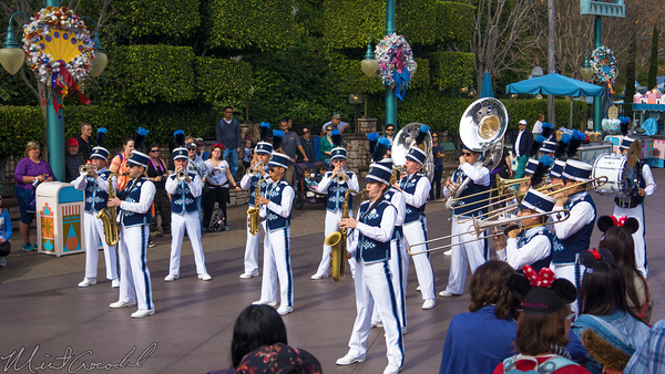 Disneyland Resort, Disneyland60, Fantasyland, Small, World, Holiday, Christmas, Time, Band