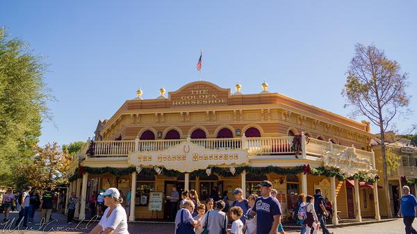 Disneyland Resort, Disneyland60, Christmas, Time, Disneyland, Frontierland, Golden, Horseshoe