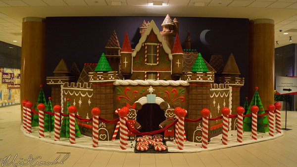 Disneyland Resort, Disneyland60, Christmas, Time, Disneyland, Hotel, Gingerbread, House