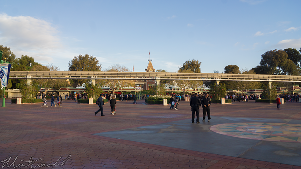 Disneyland Resort, Disneyland60, Christmas, Time, Main Entrance Plaza, Disneyland, Disney California Adventure