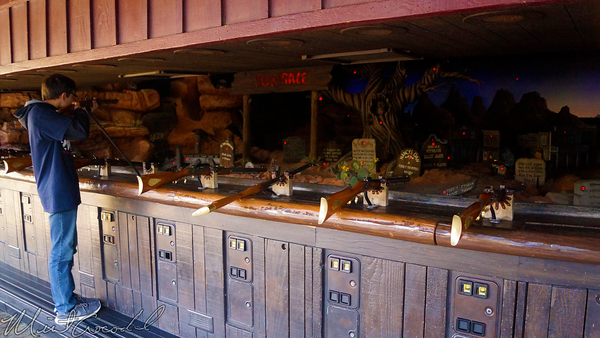 Disneyland Resort, Disneyland60, Christmas, Time, Disneyland, Frontierland, Shootin, Arcade, Rifle, Gun, No, Allowed