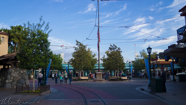 Disneyland Resort, Disney California Adventure, Buena, Vista, Street, Flag, Half, Staff, Mast