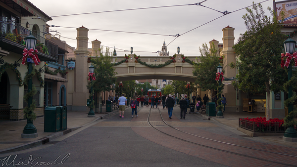 Disneyland Resort, Disneyland60, Christmas, Time, Disney California Adventure, Buean, Vista, Street