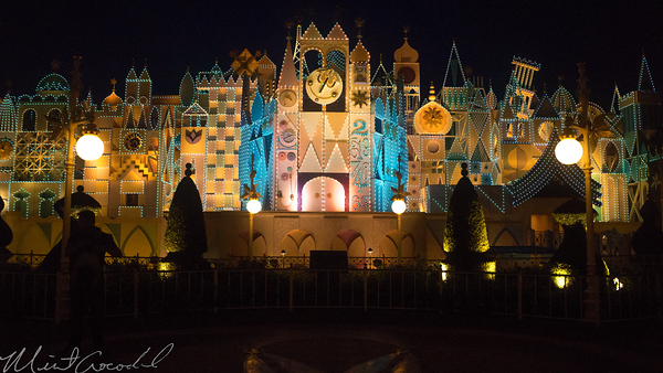 Hong, Kong, Disneyland, Fantasyland, it's a small world, Small, World, Night, Evening, Lit, Light