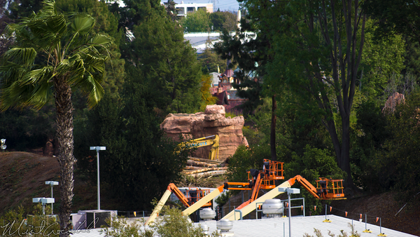 Disneyland Resort, Disneyland, Mickey, Friends, Parking, Structure, Star, Wars, Land, Construction, Build, Frontierland, River, America, Railroad