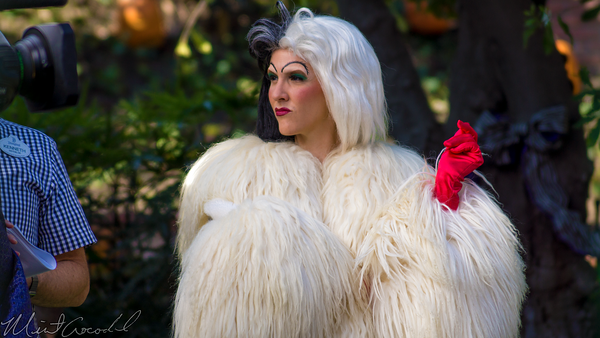 Disneyland Resort, Disneyland60, Halloween, Time, Disneyland, Haunted, Mansion, Holiday, Media, Cruella DeVil, Evil, Queen