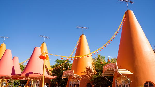 Disneyland Resort, Disneyland60, Christmas, Time, Disney California Adventure, Cars Land, Cozy, Cone, Motel