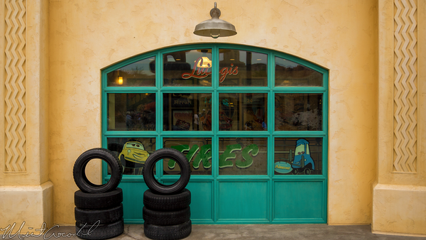 Disneyland Resort, Disneyland60, Halloween, Time, Disney California Adventure, Cars Land, Luigi, Flying, Tires, Rollickin, Roadsters, Refurbishment, Refurbish, Refurb, Window