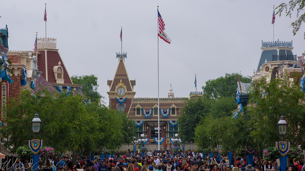 Disneyland Resort, Disneyland, Main Street USA, Crowds