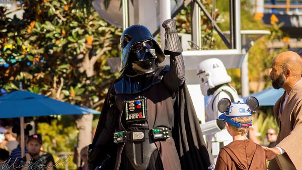 Disneyland Resort, Disneyland60, Christmas, Time, Disneyland, Tomorrowland, Terrace, Galactic, Grill, Jedi, Training, Academy