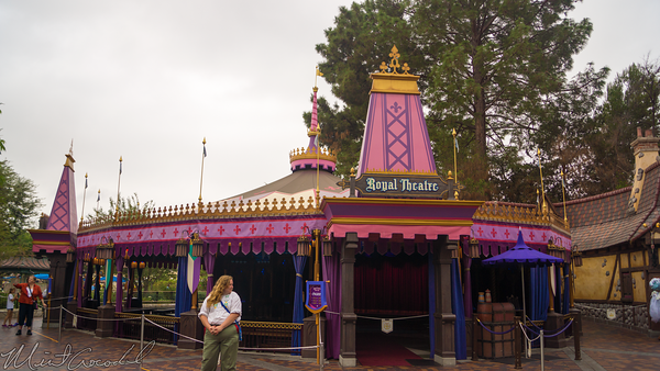 Disneyland Resort, Disneyland60, Halloween, Time, Disneyland, Fantasyland, Royal, Theatre, Frozen, Fast, Pass, FastPass