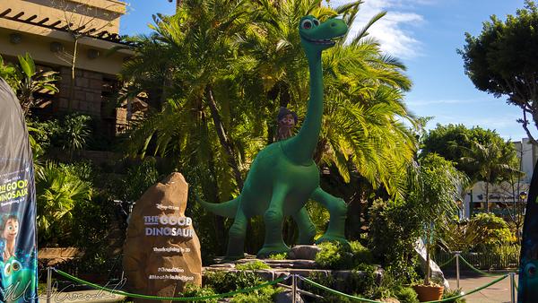 Disneyland Resort, Disneyland60, Christmas, Time, Disneyland, Disney California Adventure, Downtown, Disney, The, Good, Dinosaur, Display