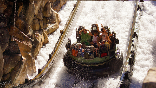 Disneyland Resort, Disneyland60, Halloween, Time,, Disney California Adventure, Grizzly, River, Run, Splash, Down, Rafts, Waterfall