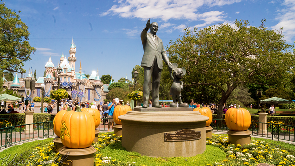 Disneyland Resort, Disneyland60, Disneyland, Walt, Disney, Mickey, Mouse, Partners, Statue, Halloween, Time