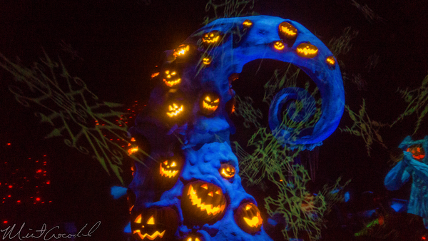 Disneyland Resort, Disneyland60, Halloween, Time, Disneyland, Haunted, Mansion, Holiday, Christmas, Time