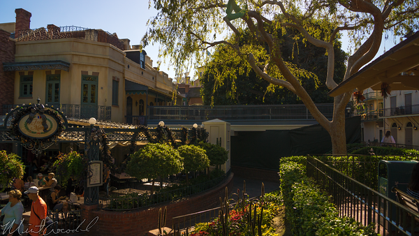 Disneyland Resort, Disneyland60, Halloween, Time, Christmas, Disneyland, New, Orleans, Square, Elevated, Walkway, Restroom, French, Market