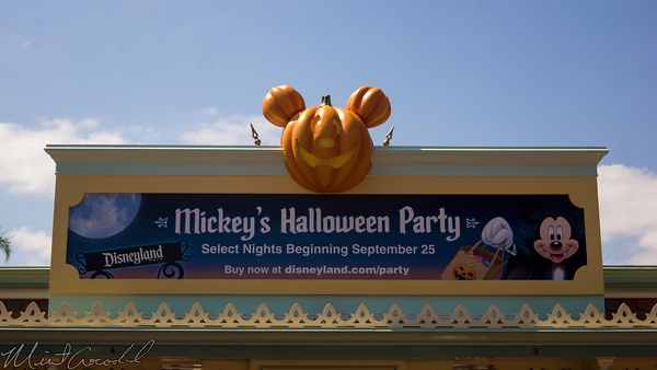 Disneyland Resort, Disneyland60, Disneyland, Halloween, Time, Mickey, Trick, Treat