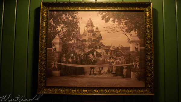 Hong, Kong, Disneyland, Mystic, Manor, Point, Lord