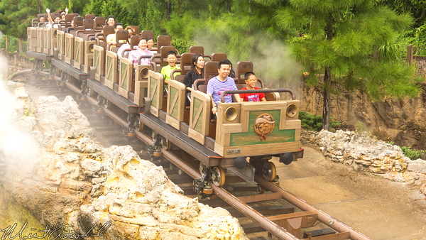 Hong, Kong, Disneyland, Grizzly, Gulch, Big, Grizzly, Mountain, Runaway, Mine, Train, Car