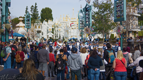 Disneyland Resort, Disneyland60, Disneyland, Fantasyland, Small, World, Holiday, Christmas, Time, Band