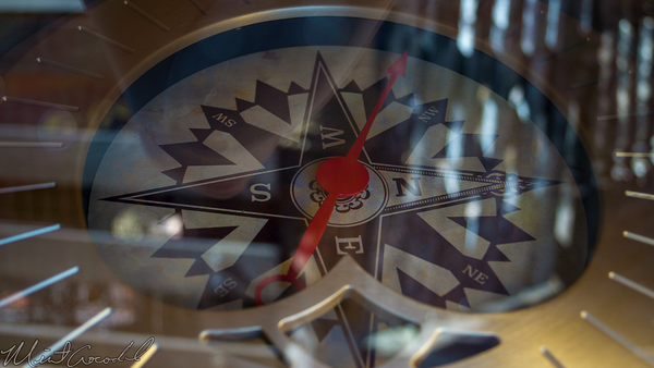 Disneyland Resort, Disneyland, Critter, Country, Fowlers, Harbor, Binnacle, Compass