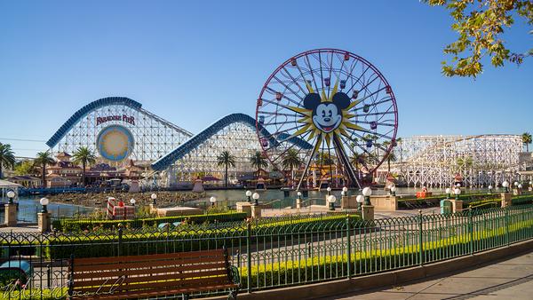Disneyland Resort, Disneyland60, Christmas, Time, Disney California Adventure, Paradise, Pier, Mickey, Fun, Wheel