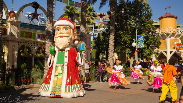 Disneyland Resort, Disneyland60, Christmas, Time, Disney California Adventure, Paradise, Pier, Viva, Navidad