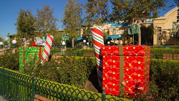 Disneyland Resort, Disneyland60, Christmas, Time, Disney California Adventure, Paradise, Pier, Mickey, Fun, Wheel, World, Color, Presents