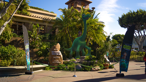 Disneyland Resort, Disneyland60, Christmas, Time, Disneyland, Disney California Adventure, Downtown, Disney, The, Good, Dinosaur, Display