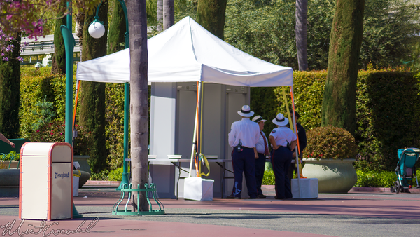 Disneyland Resort, Disneyland, Disney California Adventure, Main, Entry, Plaza, Bag, Check, Metal, Detector, Security